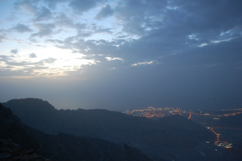 A day trip to Jebel Jais – UAE : Night view