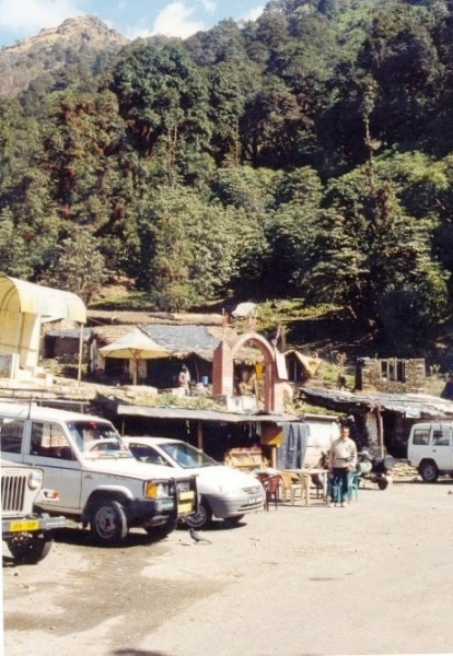 Reaching Tunganath Route from Chopta