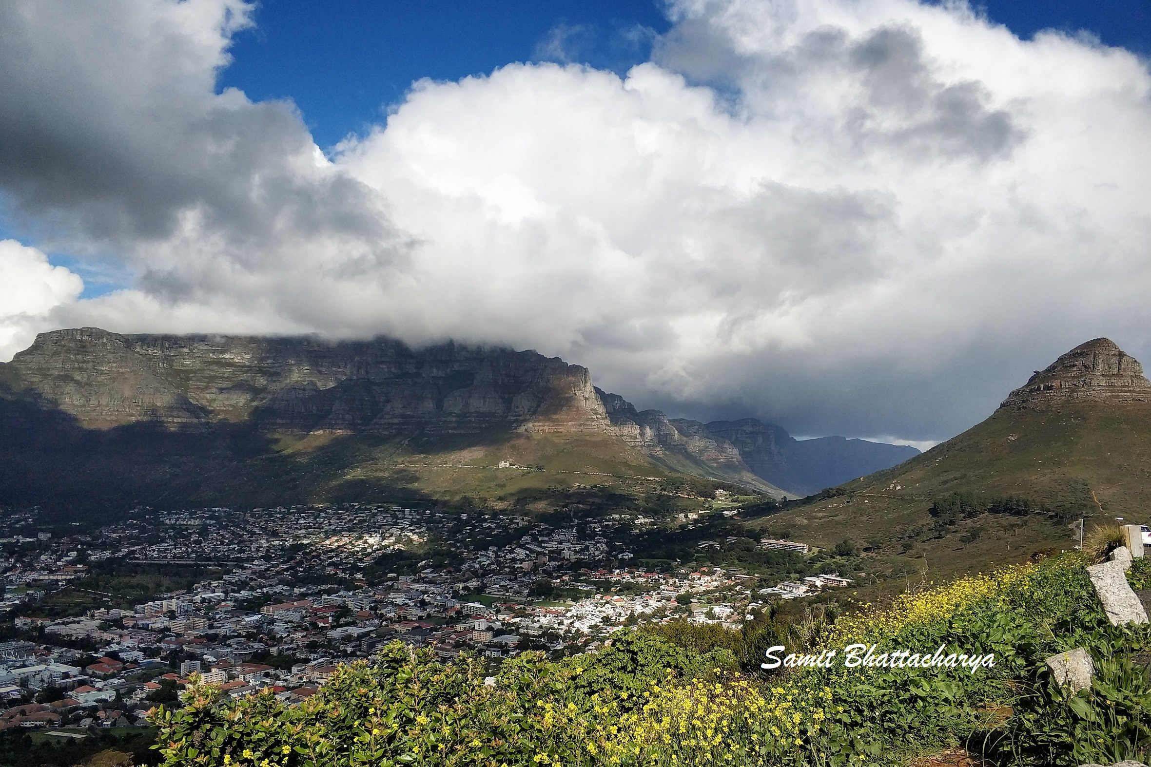 View of the Table Mountain and the Lion's Head from Signal Hill