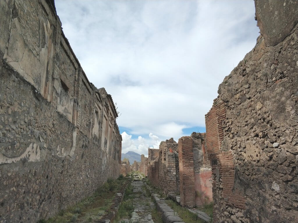 Drainage system through the streets of Pompeii