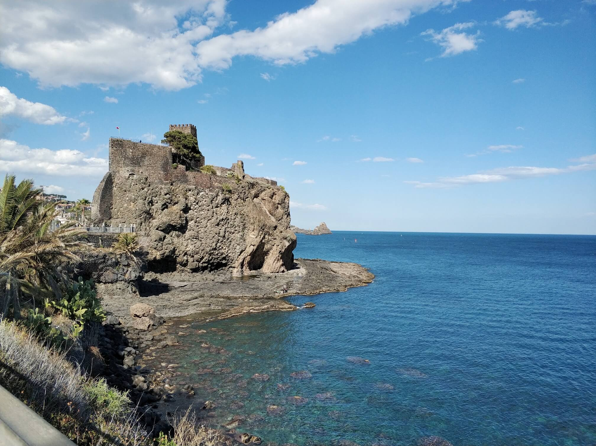 The castle and the sea